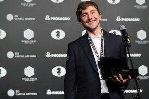 Rusijos šachmatų žvaigždė jungiasi prie V. Putino komandos