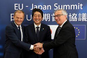 ES ir Japonija galutinai suderino milžiniško laisvosios prekybos susitarimo sąlygas