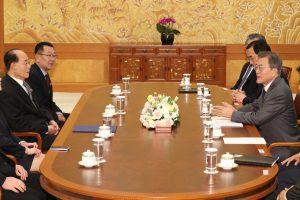 Šiaurės Korėjos lyderis pakvietė Pietų Korėjos prezidentą apsilankyti Pchenjane