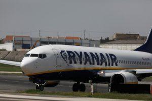 """""""Ryanair"""" gresia vasaros streikas"""