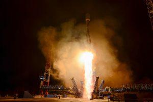 """Po nesėkmės Rusija paleido pirmąją raketą """"Sojuz"""""""