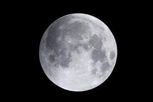 Rusijoje dalyvaujant NASA bus imituojamas skrydis į Mėnulį