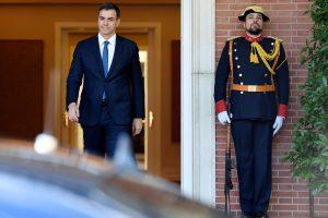 Naujasis Ispanijos premjeras formuos vyriausybę be kraštutinių kairiųjų