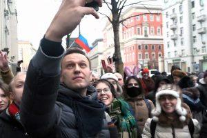 Per protestą sulaikytas Kremliaus kritikas A. Navalnas iš policijos paleistas