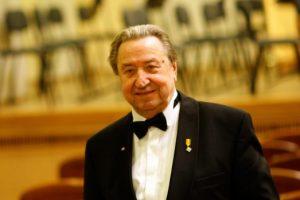 Mirė smuikininkas, dirigentas E. Paulauskas
