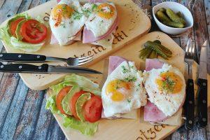Šeši mitai apie kiaušinius: kiek ir kokius geriausia valgyti?