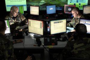JAV kariuomenė į mūšio lauką siųs kibernetinio fronto karius