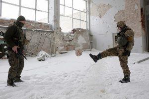 Ukraina priėmė įstatymą, leisiantį jai panaudoti karinę jėgą prieš Rusiją
