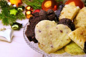 Tyrimas: dauguma apklaustųjų per šventes žadėjo nepersivalgyti