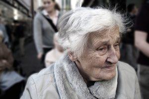Pensinis amžius Latvijoje nuo 2019-ųjų nutols dar 3 mėnesiais