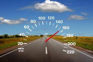 Kelių gaideliai sustoti neketina: greitį viršijo beveik dvigubai