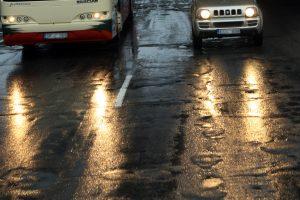 Lietuvos keliuose yra slidžių ruožų, įspėja kelininkai