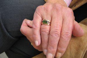 Pensininkė nori skirtis, teismas liepė luktelėti dvejus metus