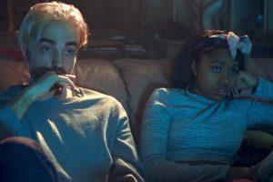 """Filme """"Geras laikas"""" R. Pattinsonas atskleidžia ir daugiau aktorinių sugebėjimų"""