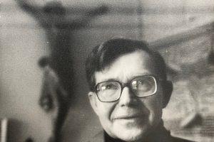 Mirė literatūros tyrinėtojas ir dėstytojas J. Riškus