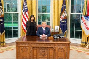 D. Trumpas Baltuosiuose rūmuose susitiko su K. Kardashian