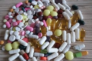 SAM tyrimas atskleidė, kiek žmonių norėtų įsigyti vaistus ne vaistinėse