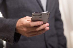Nuo pirmosios SMS žinutės išsiuntimo praėjo ketvirtis amžiaus