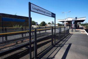 Londono policija nerado pas suimtą stotyje vyrą sprogmenų
