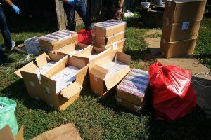 """Pasieniečių """"laimikis"""": po nusikaltėlių gaudynių rasta didžiulė cigarečių kontrabanda"""