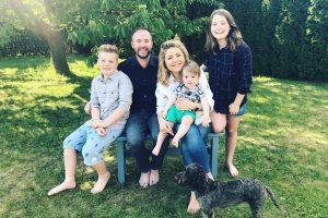 Džiugi žinia B. Nicholson šeimoje: moteris laukiasi ketvirto vaikelio