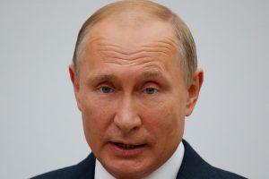 """V. Putinas giria perrinkto Turkijos prezidento """"didelį politinį autoritetą"""""""