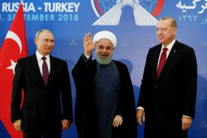Iranas, Rusija ir Turkija susitarė – drauge mėgins stabilizuoti padėtį Sirijos Idlibe