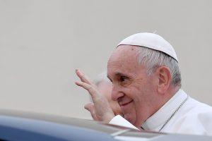 Popiežius: pasižadėkime nepalikti vietos antisemitizmui žmonijoje