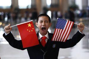 Prekybos karo pabaiga: JAV ir Kinija pradėjo rengti galutinį susitarimą