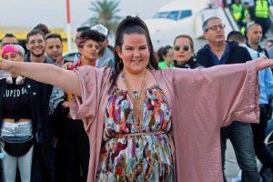 """Izraelis pasitiko """"Eurovizijos"""" nugalėtoją N. Barzilai"""