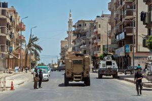 Sinajaus pusiasalyje sprogus užminuotam automobiliui žuvo kariškis