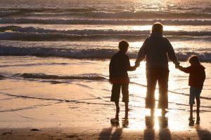 Ko tėvai dažnai nežino keliaudami į kurortus su vaikais?