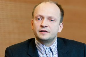 N. Mačiulis apie atlyginimus: kitais metais latviai liks toli užnugaryje