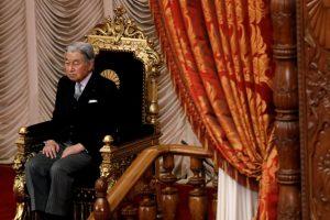 Japonijos imperatoriui patarta pailsėti, pasireiškus galvos svaigimui
