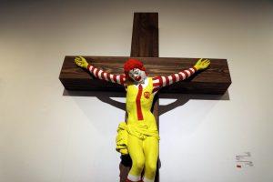 """Izraelio muziejus po krikščionių protestų šalina iš parodos """"MakJėzų"""""""