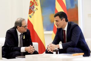 Ispanijos ir Katalonijos lyderiai susitiko spręsti nesutarimų dėl regiono atsiskyrimo