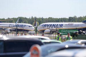Sumaištis Kauno oro uoste: dėl melagingo pranešimo atidėti skrydžiai