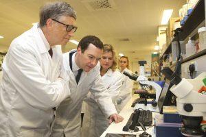 Didžioji Britanija ir Gateso fondas kovai su maliarija skirs 3 mlrd. svarų