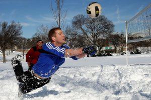 Gamtininkas: žiema dar gali atsisukti savo lediniais dantimis