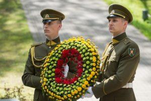 Lietuvos kariai pagerbs Antrojo Pasaulinio karo aukų atminimą