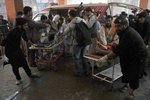 Pakistane teismo rūmuose susisprogdinus mirtininkui žuvo 8 žmonės