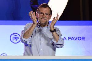 Ispanijoje konservatoriai partijos vadovu perrinko premjerą