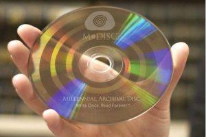 """Prasidės """"amžinų"""" diskų gamyba"""