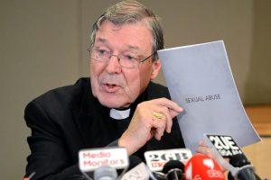 Australijos pedofilijos tyrime liudijo Vatikano kardinolas