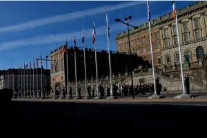 """""""Eurovizijos"""" atidarymo rytą iškilmingai pakeltos šalių dalyvių vėliavos"""