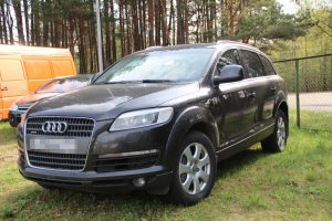"Vogtu ""Audi Q7"" baltarusis į Lietuvą neįvažiavo"