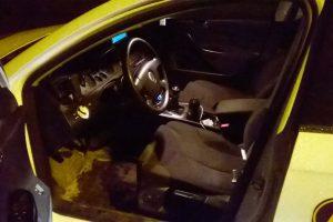 Alkoholis draudžiamu metu – iš taksisto rankų