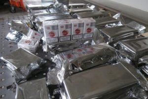 Kontrabandines cigaretes traukė iš kuro bako