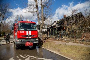 Per gaisrą Žaliakalnyje nukentėjo benamis