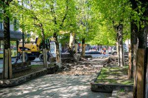 Rekonstrukcija tęsiasi: Laisvės alėjoje ir vėl zuja darbininkai